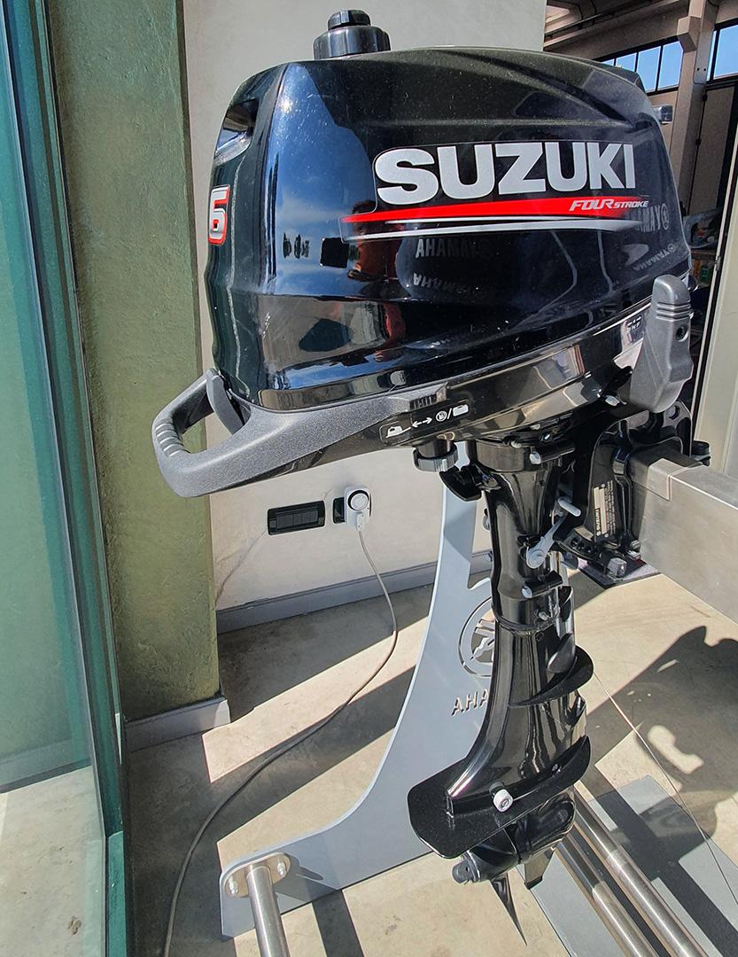 SUZUKI DF6
